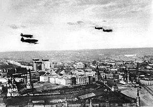 Patrulla aerea sobre el Kremlin