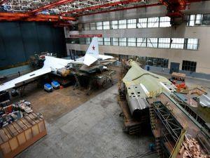 Tu-160 en talleres