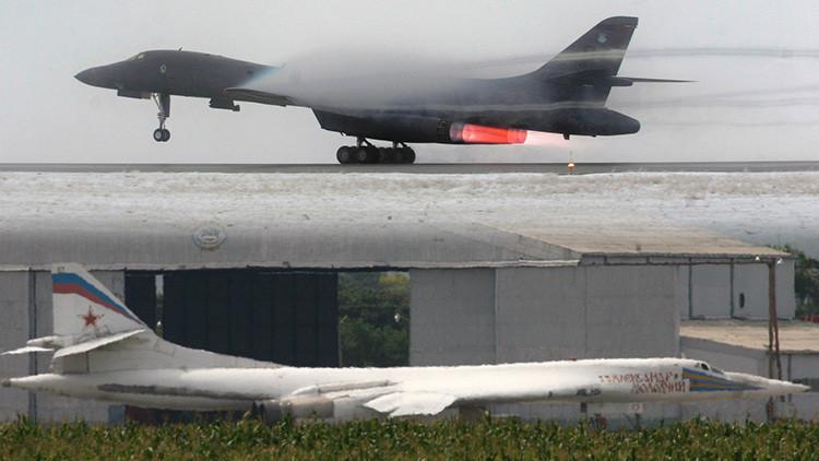 El avión Rockwell B-1 Lancer vs. el 'Cisne Blanco' Túpolev Tu-160