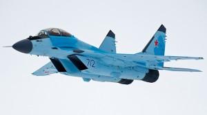 MiG-35 durante un vuelo de presentación.